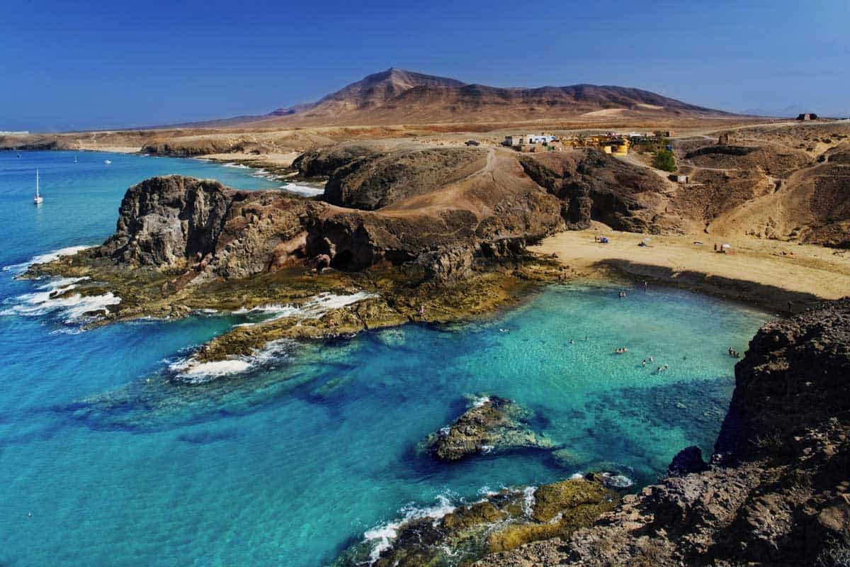 Lanzarote: un itinerario alla scoperta delle sue bellezze naturali - Travel Tips